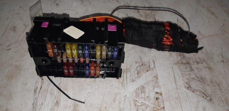Блок предохранителей салонный Skoda Yeti 2.0 ДИЗЕЛЬ 2012