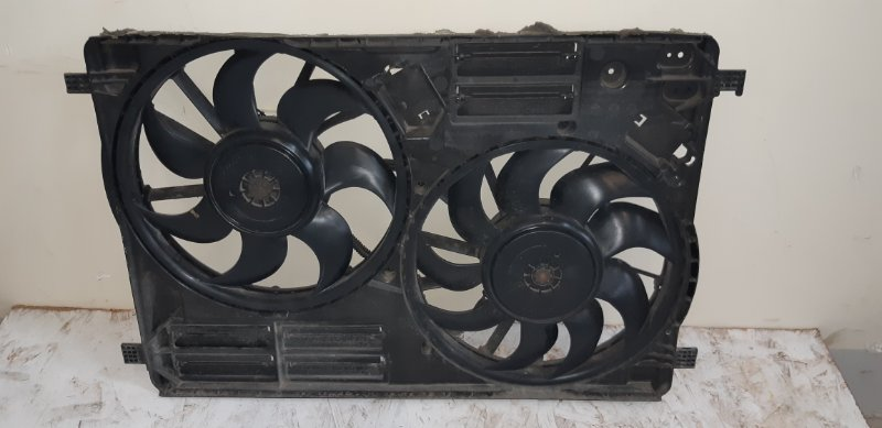 Диффузор с вентилятором Ford Kuga 2 2.0 ДИЗЕЛЬ 2015