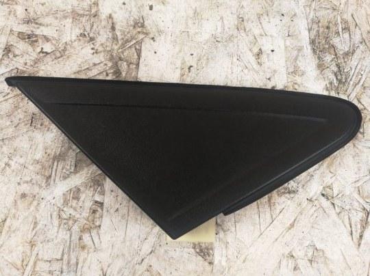 Накладка на крыло Ford Focus 2 УНИВЕРСАЛ 2.0 БЕНЗИН 2008 правая