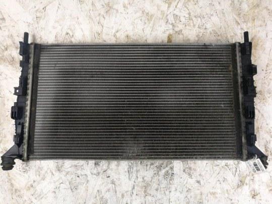 Радиатор охлаждения (основной ) Ford Focus 2 УНИВЕРСАЛ 2.0 БЕНЗИН 2008