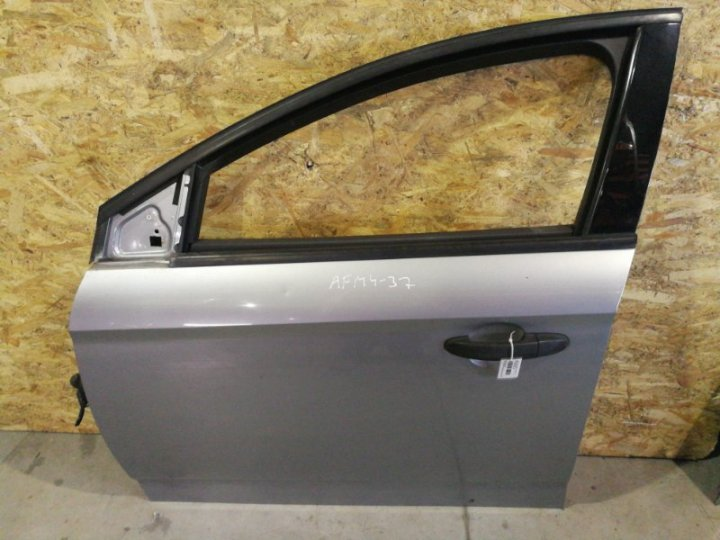 Дверь Ford Mondeo 4 ХЭТЧБЕК 2.0 БЕНЗИН 2008 передняя левая