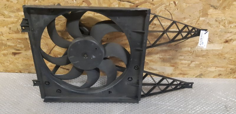 Диффузор с вентилятором Skoda Fabia 1.2 БЕНЗИН 2007