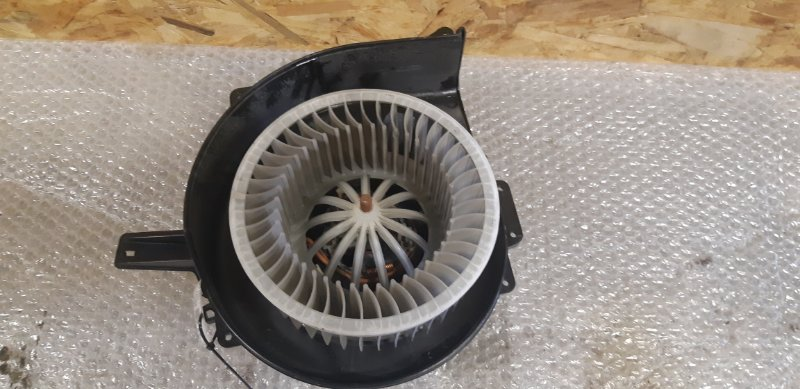 Мотор печки Volkswagen Polo 1.2 БЕНЗИН 2014