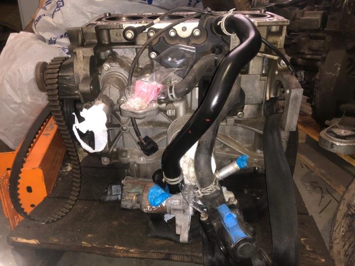 Блок двигателя (цилиндров) Ford Galaxy 1.6 БЕНЗИН 2013