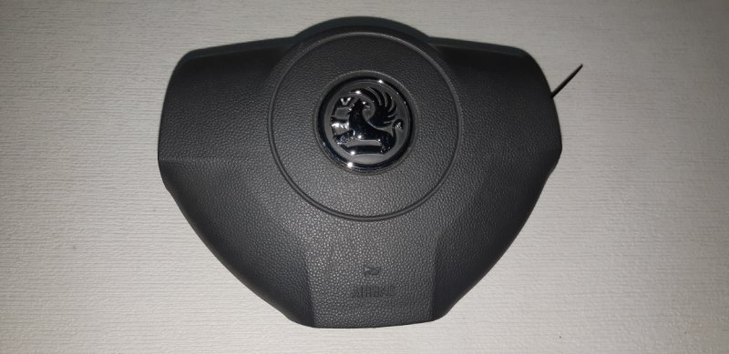 Подушка srs ( airbag ) в руль Opel Astra H 1.8 I 2010