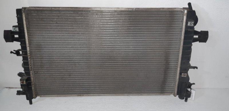Радиатор охлаждения (основной ) Opel Astra H 1.8 I 2010
