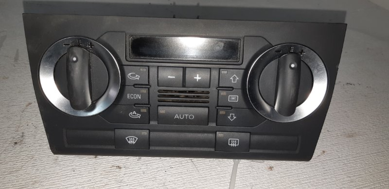 Блок управления климат контролем Audi A3 ХЭТЧБЕК 5 ДВЕРЕЙ 2.0 ДИЗЕЛЬ 2007