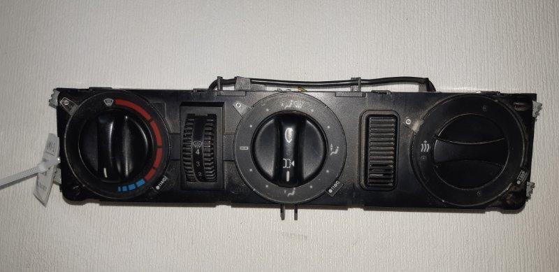 Блок управления печкой Mercedes-Benz Vito 638 2.2 TD 611.980 2002