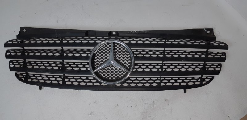 Решетка радиатора Mercedes-Benz Vito 2.2 TD 2005