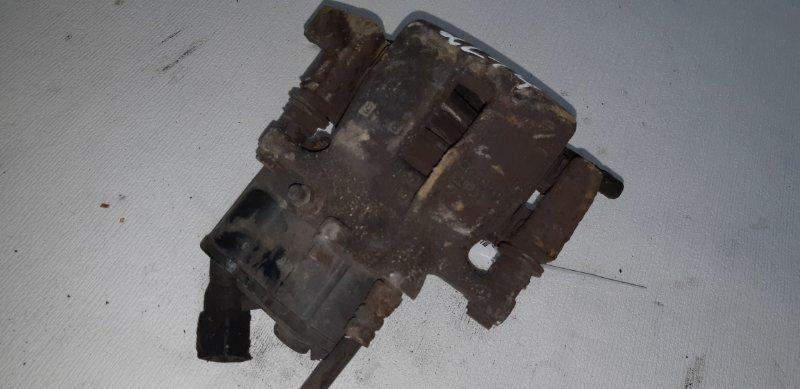 Суппорт тормозной Audi A6 2.4 БЕНЗИН 2004 задний левый