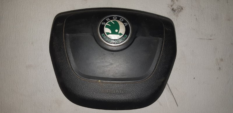 Подушка srs ( airbag ) в руль Skoda Fabia 1.2 TI 2010