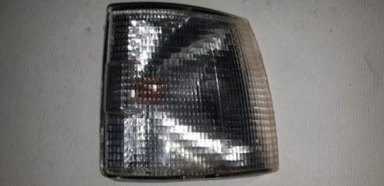 Указатель поворота Volkswagen Transporter 1.9 ДИЗЕЛЬ ABL 2001 передний правый