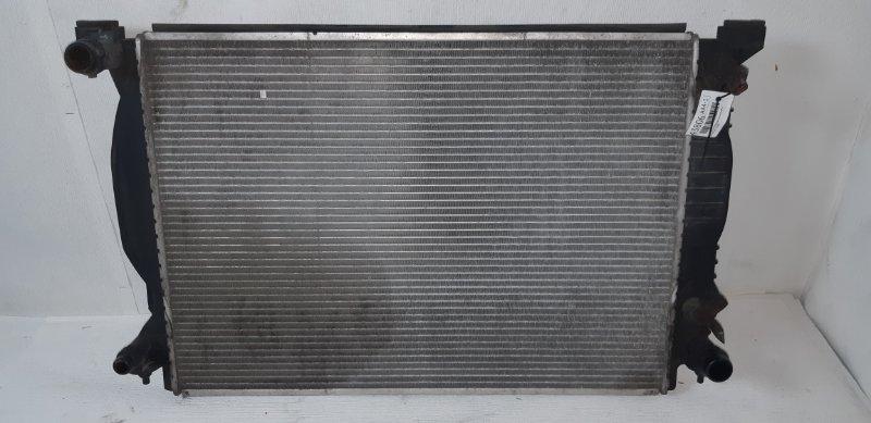 Радиатор охлаждения (основной ) Audi A4 3.0 I 2005