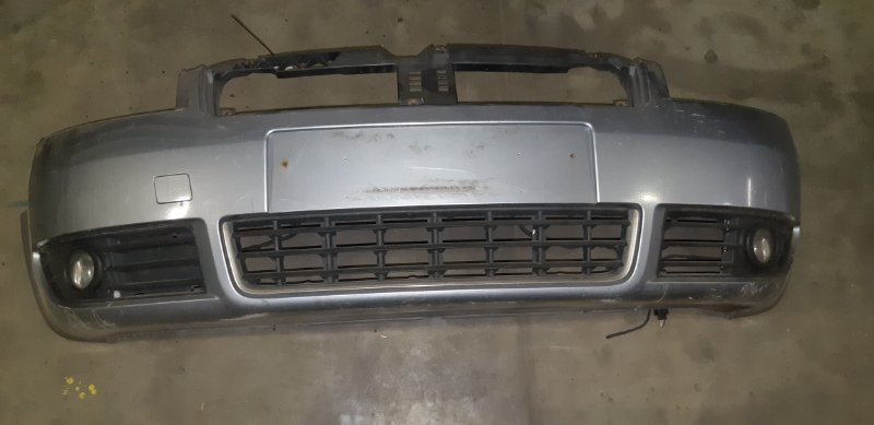 Бампер Audi A4 3.0 I 2005 передний