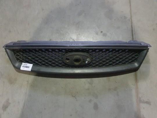 Решетка радиатора Ford Focus 2 2006