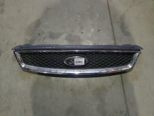 Решетка радиатора Ford Focus 2 ХЭТЧБЕК 1.8 БЕНЗИН QQDB 2007