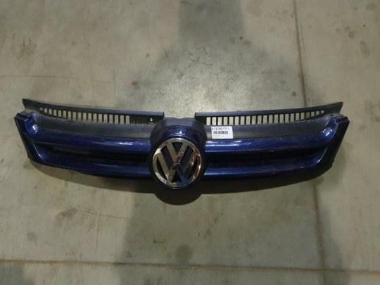 Решетка радиатора Volkswagen Golf 5 Plus 1.4 I 2008