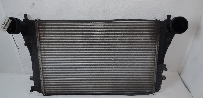 Радиатор интеркулера Volkswagen Passat B6 1.9 ДИЗЕЛЬ BXE 2007