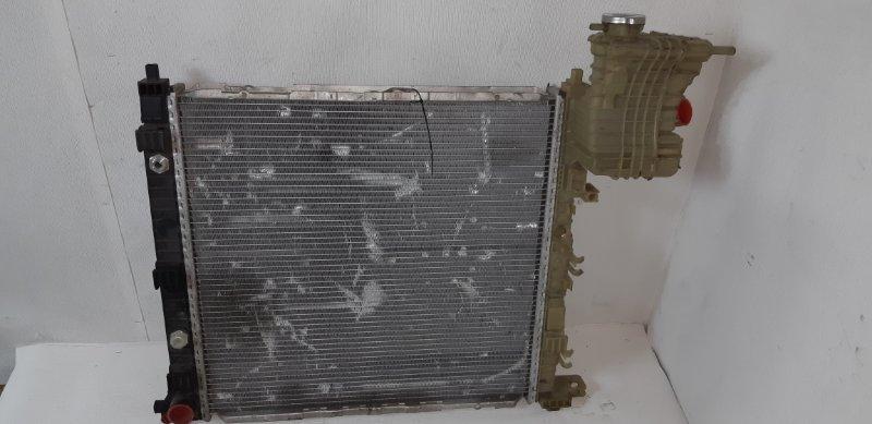 Радиатор охлаждения (основной ) Mercedes-Benz Vito 2.2 TD 611.980 2002