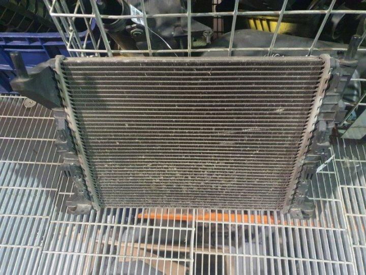 Радиатор охлаждения (основной ) Ford Focus 2 ХЭТЧБЕК 3 ДВЕРИ 1.6 БЕНЗИН 2005