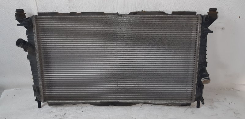 Радиатор охлаждения (основной ) Ford Focus 2 ХЭТЧБЕК 5 ДВЕРЕЙ 1.8 БЕНЗИН Q7DA 2006