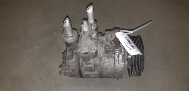 Компрессор кондиционера Volkswagen Passat B6 2.0I BVY 2008