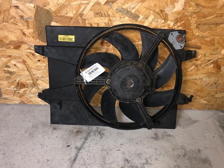 Диффузор с вентилятором Ford Fusion 1.6 БЕНЗИН 2004