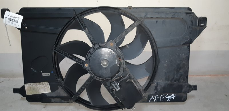 Диффузор с вентилятором Ford Focus 2 УНИВЕРСАЛ 1.6 БЕНЗИН 100 Л.С. 2007