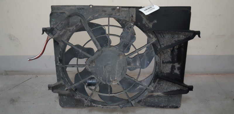 Диффузор с вентилятором Kia Ceed ХЭТЧБЕК 1.4 G4FA 2012