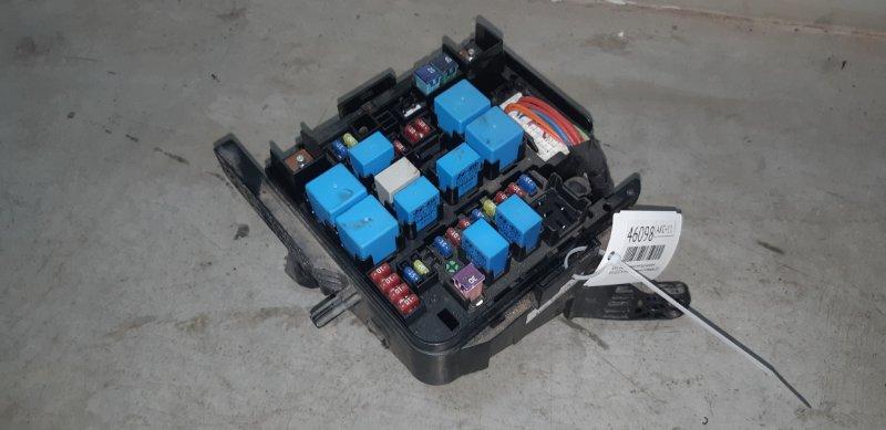 Блок предохранителей под капотом Kia Ceed ХЭТЧБЕК 1.4 G4FA 2012