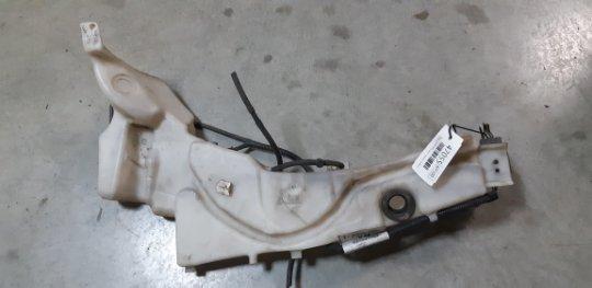 Бачок омывателя Ford Focus 2 ХЭТЧБЕК 5 ДВЕРЕЙ 1.8 БЕНЗИН Q7DA 2007