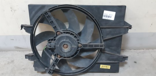 Диффузор с вентилятором Ford Fusion CBK 1.4 БЕНЗИН 2008