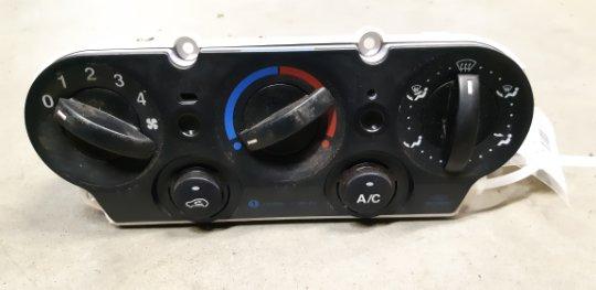 Блок управления печкой Ford Fusion CBK 1.4 ДИЗЕЛЬ 2007