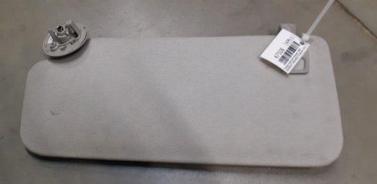 Солнце защитный козырек Chevrolet Orlando 1.8 БЕНЗИН 2012 правое