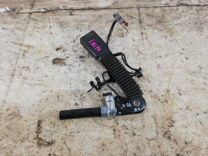 Натяжитель ремня безопасности Mini Cooper S R56 правый (б/у)