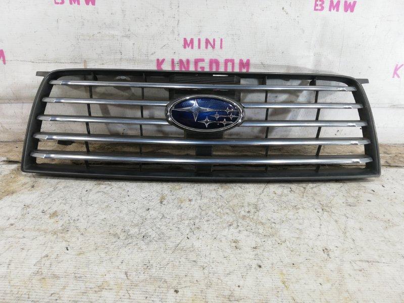 Решетка радиатора Subaru Forester SG5 передняя (б/у)