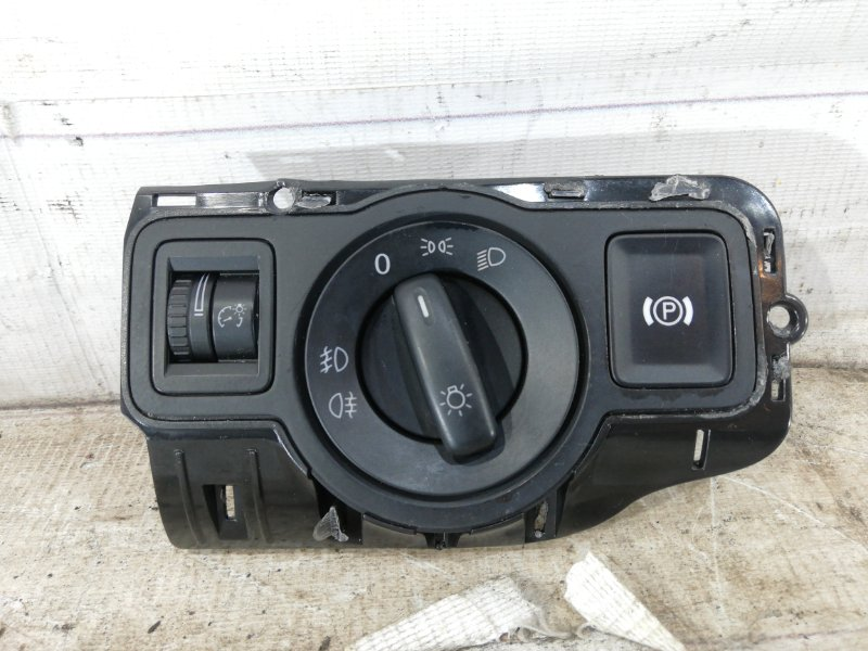 Переключатель света Volkswagen Passat B6 VARIANT BZB 2009 (б/у)