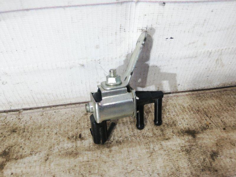 Клапан вакуумный Mazda 6 LF 2004 (б/у)