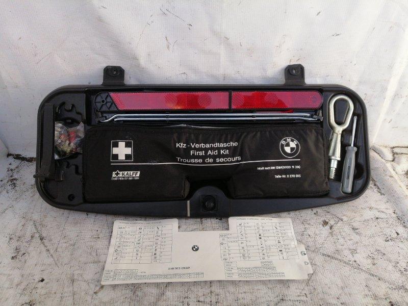 Набор инструментов с аптечкой Bmw 5-Series E60 N52 2007 (б/у)
