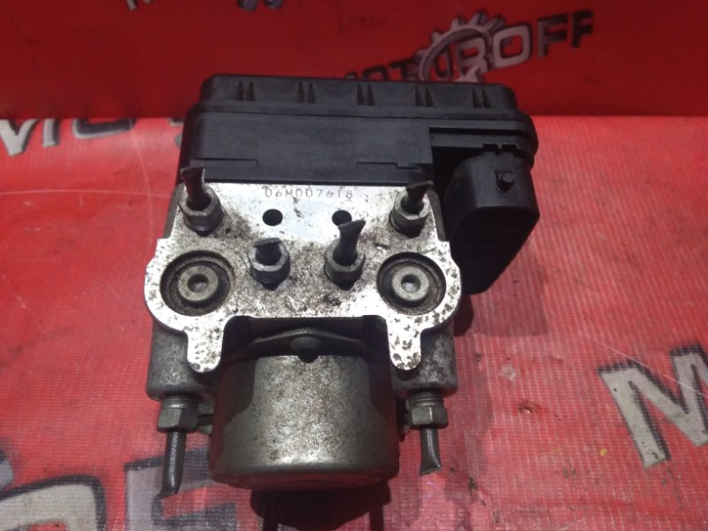 Блок abs (модулятор abs) Toyota Rav4 ACA36W 2AZ-FE 2005 (б/у)