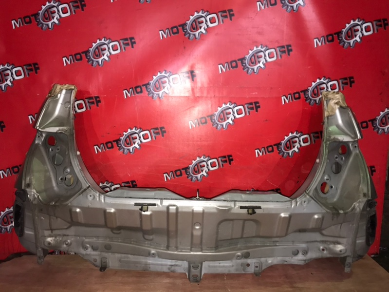 Задняя панель кузова Toyota Ist NCP61 1NZ-FE 2002 задняя (б/у)