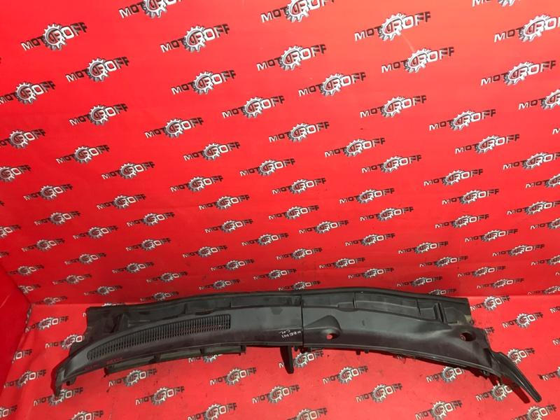 Решетка под лобовое стекло Toyota Corolla Fielder NZE141G 1NZ-FE 2006 (б/у)