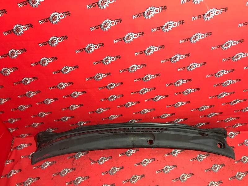Решетка под лобовое стекло Toyota Corolla NZE121 1NZ-FE 2000 (б/у)