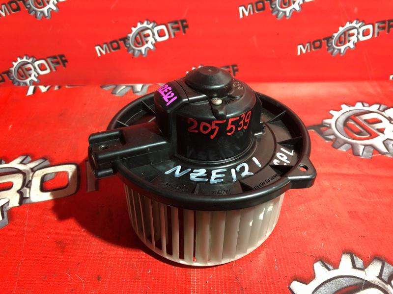 Вентилятор (мотор отопителя) Toyota Corolla NZE121 1NZ-FE 2000 (б/у)