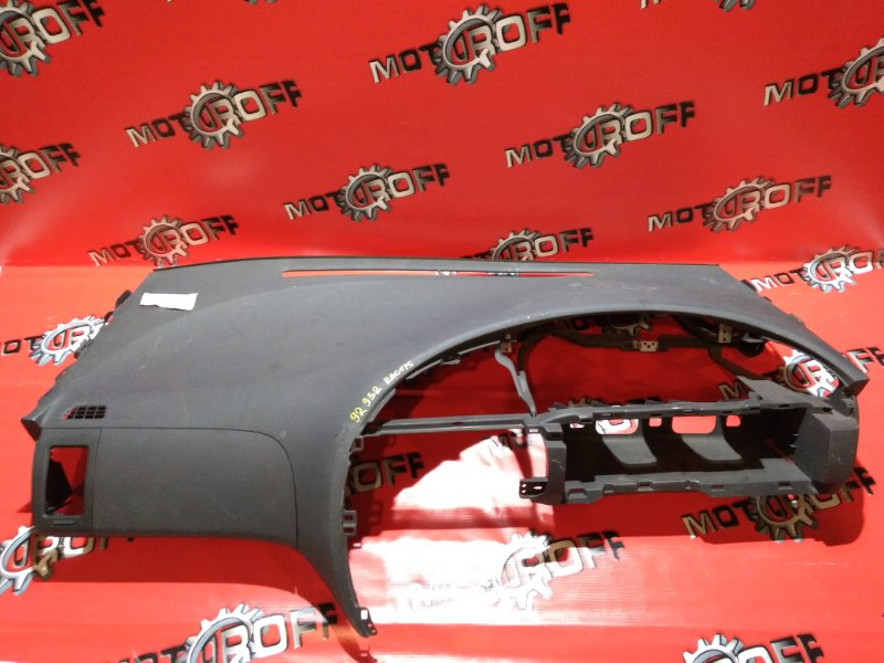 Панель передняя в салон (торпеда) Toyota Ractis NCP100 1NZ-FE 2005 верхний (б/у)