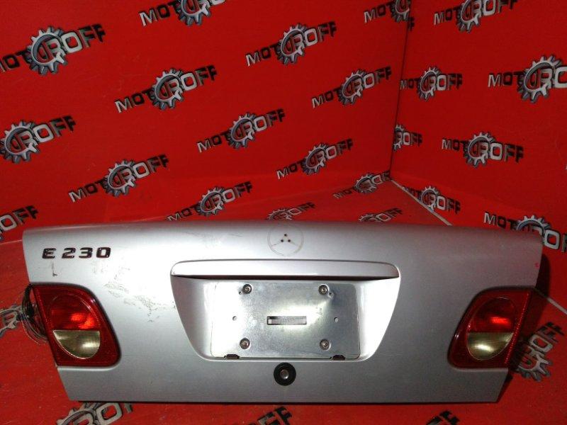 Крышка багажника Mercedes E230 W210 111.970 1995 задняя (б/у)