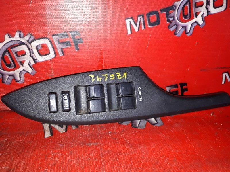 Блок управления стеклоподъемниками Toyota Corolla Fielder NZE141G 1NZ-FE 2006 передний правый (б/у)