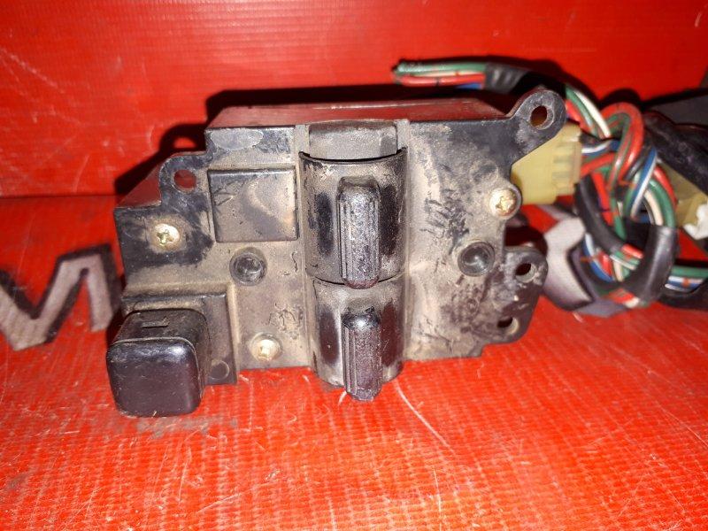 Блок управления стеклоподъемниками Toyota Corolla Levin AE91 4A-FE 1987 передний правый (б/у)