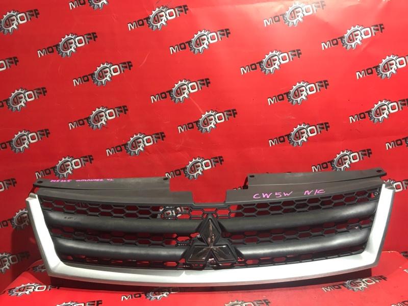 Решетка радиатора Mitsubishi Outlander Xl CW5W 4B12 2005 (б/у)