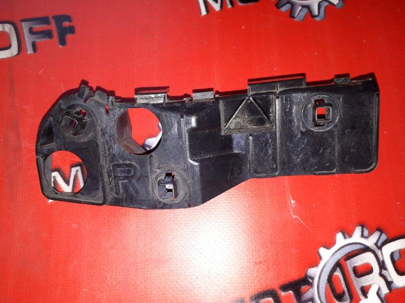 Клипса бампера Toyota Mark Ii Blit GX110 1G-FE 2002 передняя правая (б/у)